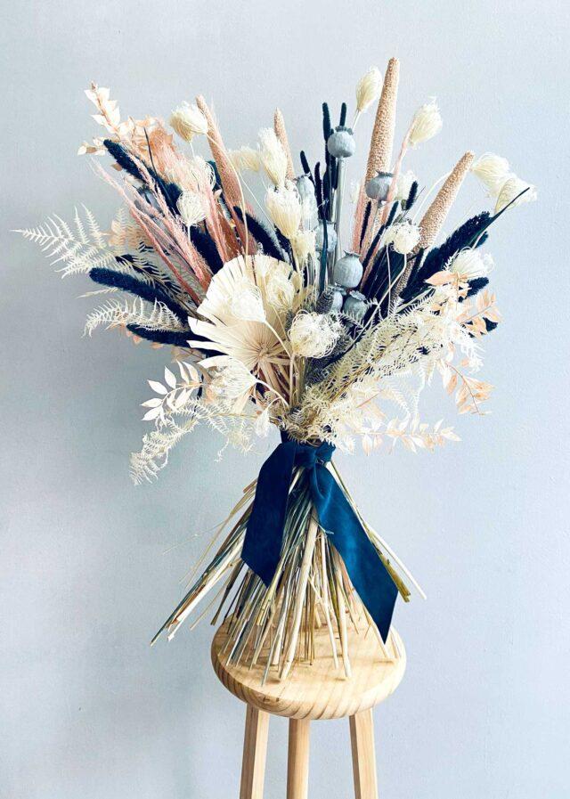 Ramo de flores secas y preservadas Blue Moon   Loreak